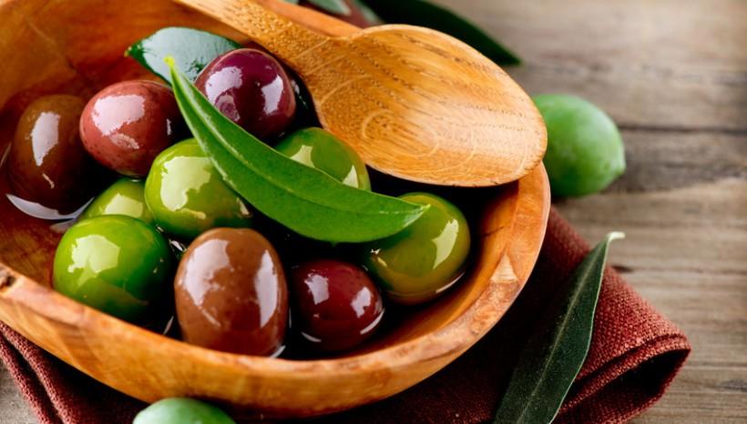 Juicy Olives